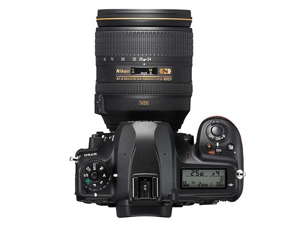 Nikon D780 Atas