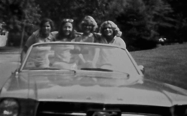 Retro RFH Girls' Drive