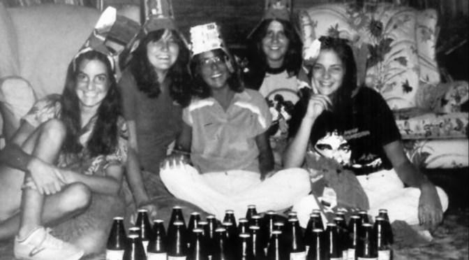 Retro RFH Girls' Hats On & Cheers Moment