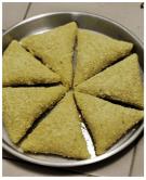 risoles berbentuk bangun datar segitiga