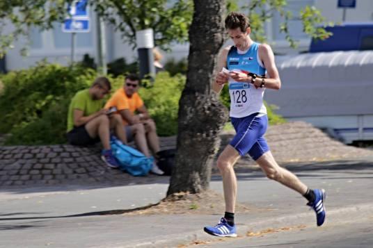 Tomáš Kubelka při závodu ve sprintu (foto: Jakub Marek)