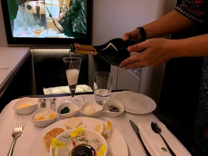 マレーシア航空ビジネススイートの食事1
