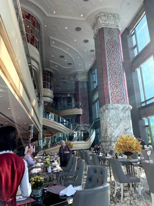 レベリーサイゴンのカフェカーディナルレストラン