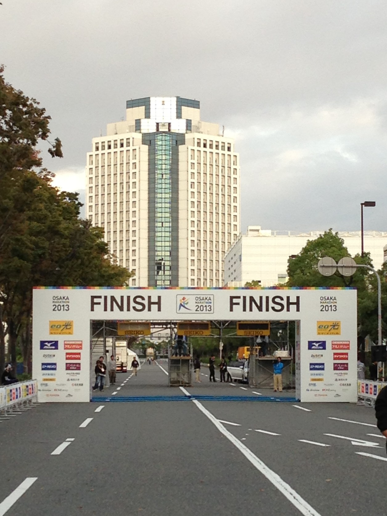 osaka-marathon-finish