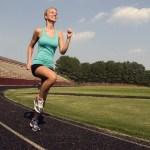 女子ランナーが陥りがち!キレイを作れないランニングフォームと、1分で直す方法