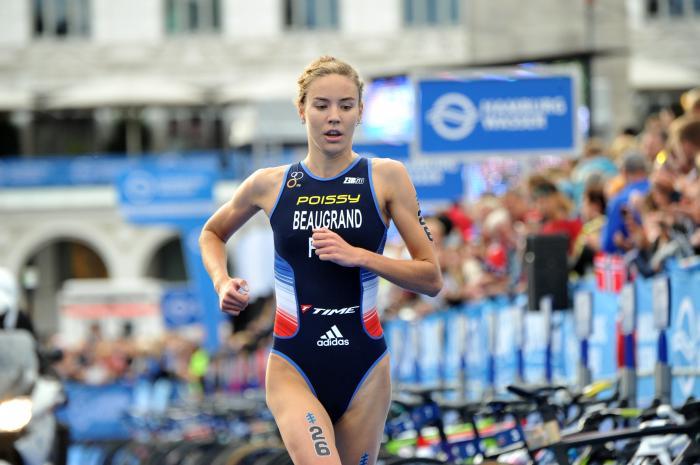 Résultats Triathlon Melilla, grosse réussite pour les Français avec la victoire de Cassandre Beaugrand et de Léo Bergère.