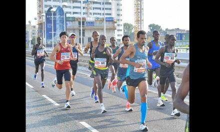 Marathon de Vienne, l'Éthiopien Derara Hurisale, gagnant de la course, a perdu 10.000€ en se faisant disqualifier!