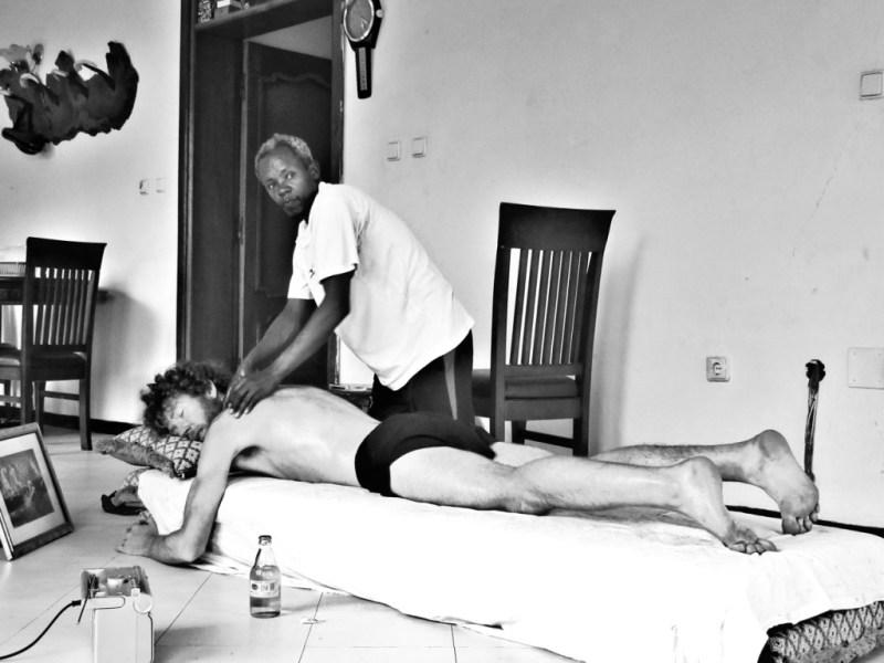 Run Africa Ethiopia visiting runner Shaun massage by Addis based masseur Dejene