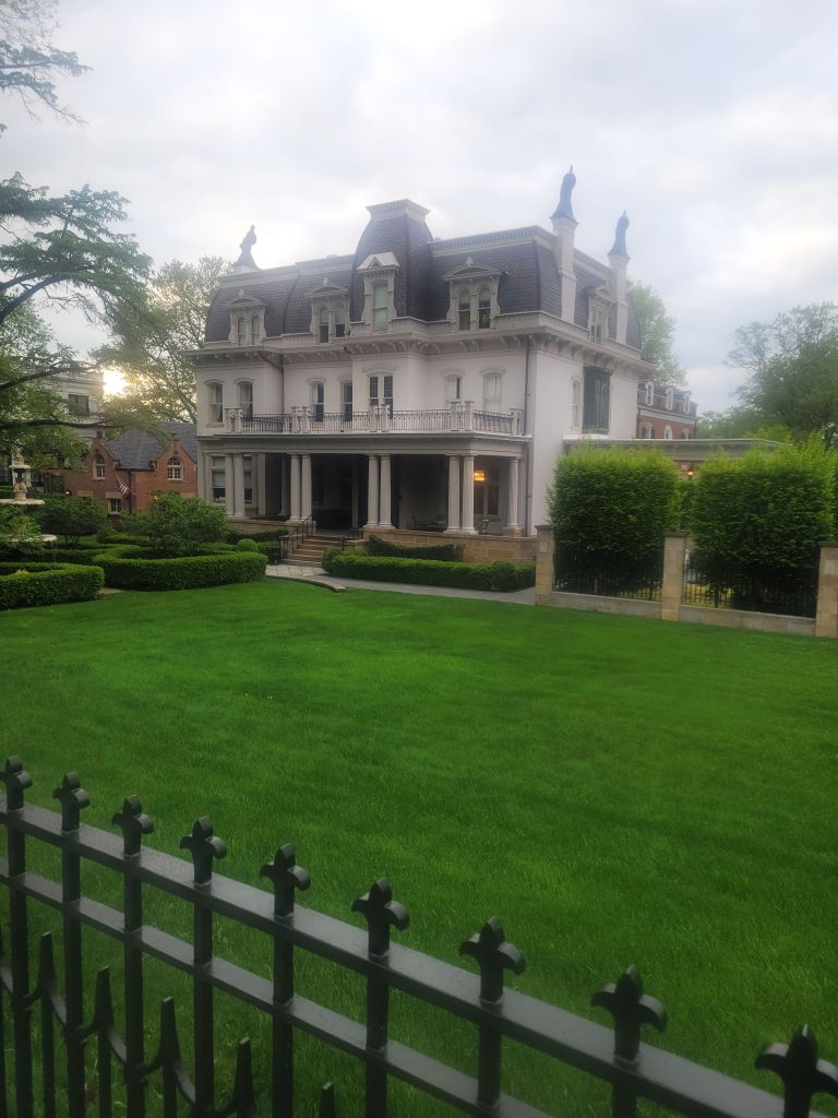 Mansion on Fifth