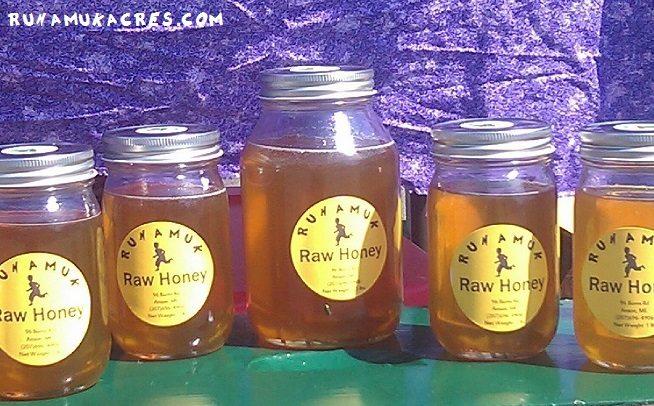honey at farmers' market