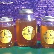 honey at farmers' market