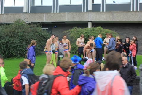 Naked runners