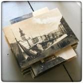 Nytillverkade notebooks med gamla tryck med Göteborgsmotiv på omslagen.