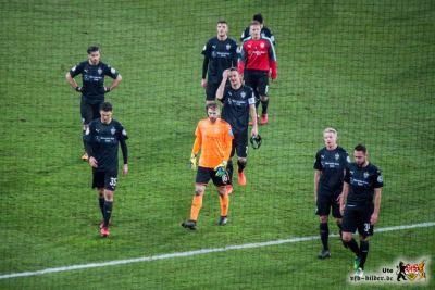 Einer geht vorneweg. Es ist nicht der Kapitän. Bild: © VfB-Bilder.de