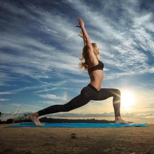 yoga-poses-that-will-make-you-feel-like-a-badass_270174