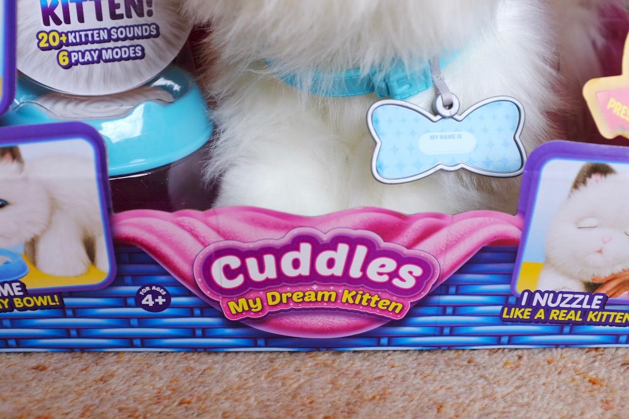 Little Lives Kitten Cuddles in the box