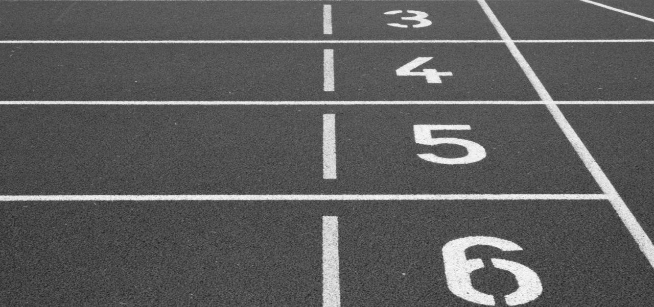 La rusa Svetlana Masterkova es la poseedora del récord de la milla más rápida en la historia: 4:12.56 es la marca establecida en el Campeonato del Mundo en Zurich.