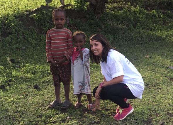 la-fiosioterapueta-dianense-yael-carbonell-en-etiopia