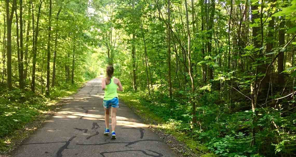 The long run is the most crucial part of marathon or half marathon training. Whether you are running your first, or 20th, these tips are sure to help you have your best long run ever. These simple ideas will revitalize your training and help all runners enjoy the miles.
