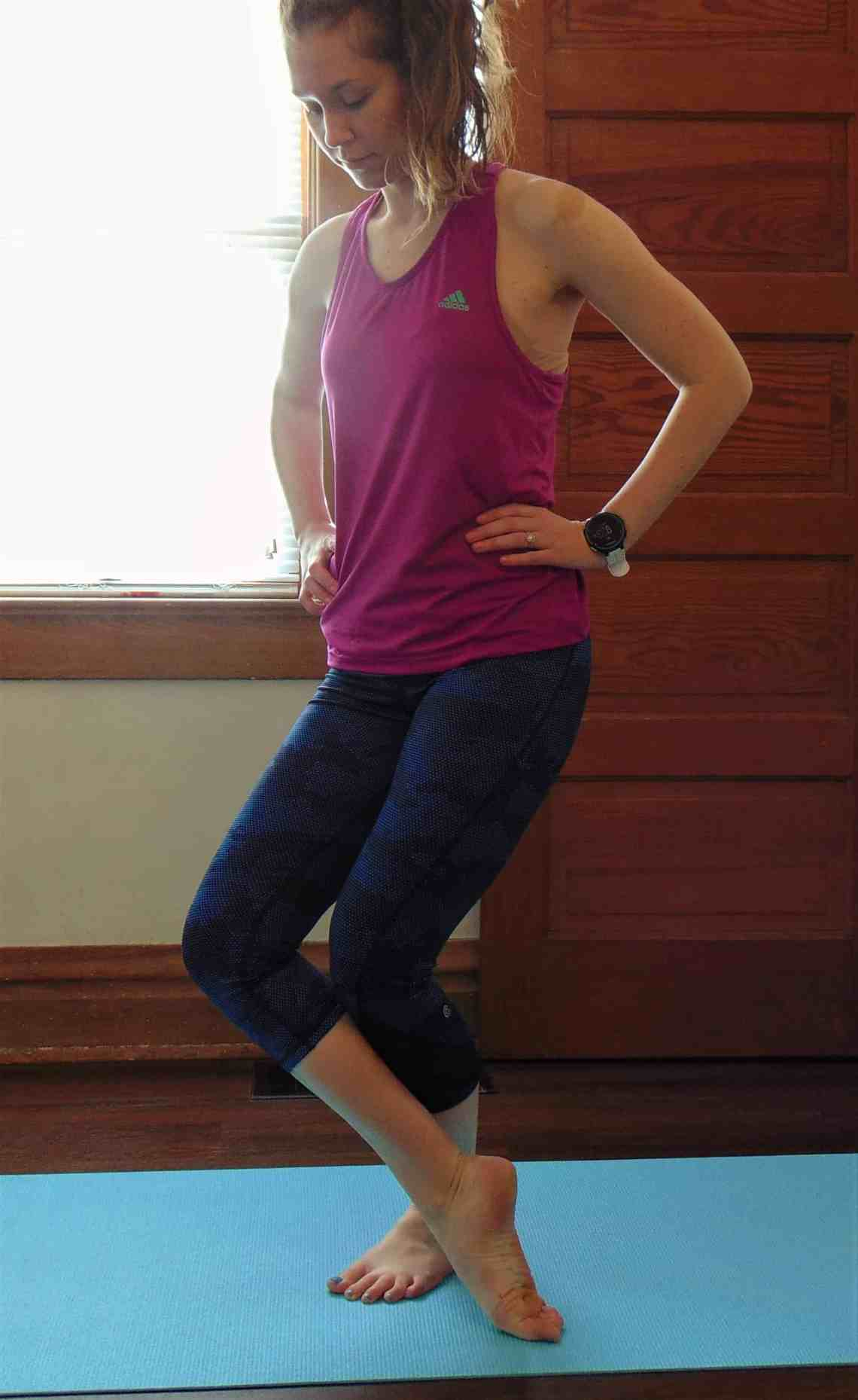 10 Best Lower Body Stretches For Runners Runnin For Sweets
