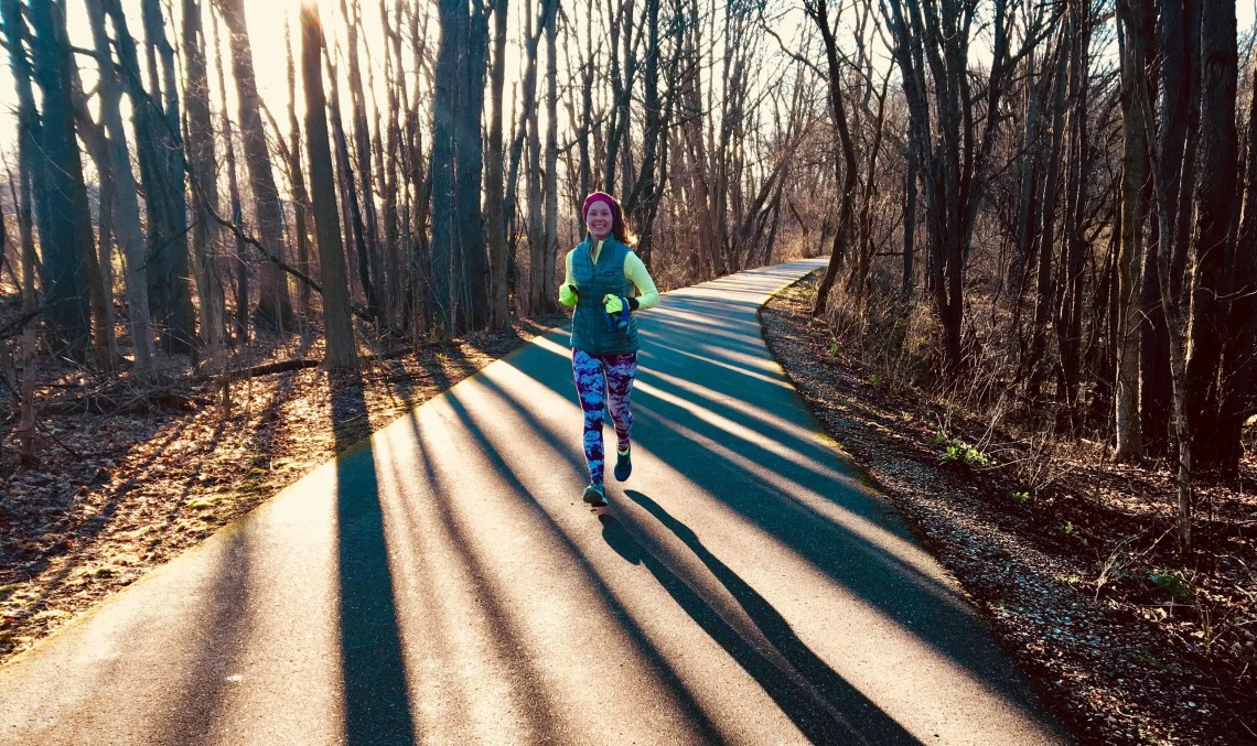 Learning how to make time for running may feel impossible some days. If you are struggling to fit running into your schedule, this running schedule will change your life. Check out this weekly running plan for busy people to get fresh ideas and tips to stay a runner for life – even on those busy days.