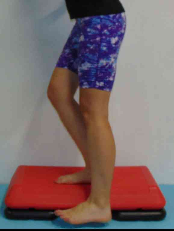 Suffering from lazy glutes on the run? These glute activation exercises for runners will strengthen your glutes and improve your power with each step. These isolated pre run glute exercises can all be completed at home to ensure you get the most out of your running. #gluteactivation #glutestrength #gluteexercises