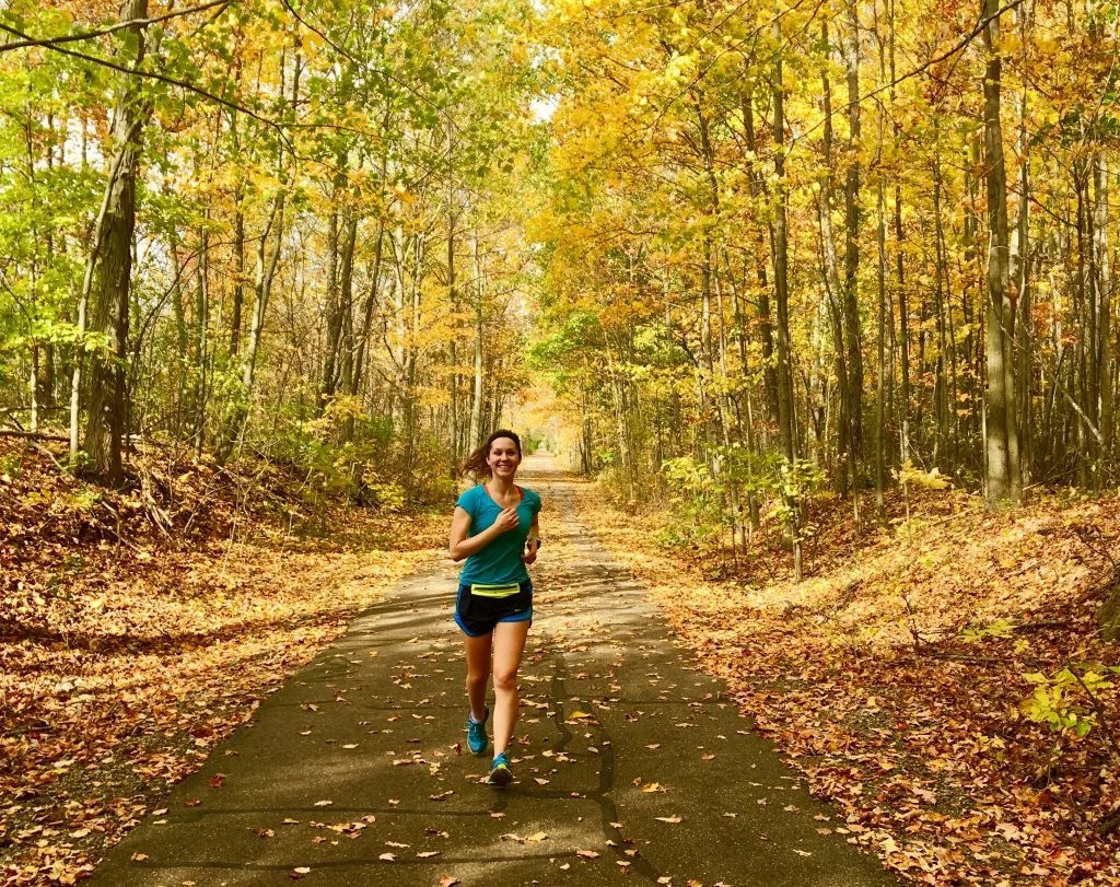 There's no argument that fall running season is one of the best. Running in the fall brings ideal weather and beautiful scenery. Check out these 6 reasons why fall running is the best for some running inspiration to help you stay motivated and make the most out of this season! #fallrunning #runninginfall #runninginspiration #runningmotivation