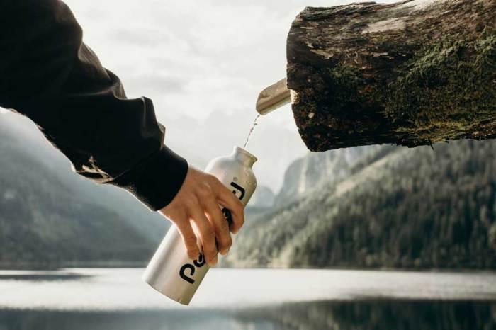 Ενυδάτωση στο τρέξιμο - τραυματισμός τραυματισμοί - Νερό Μπουκάλι Βουνο