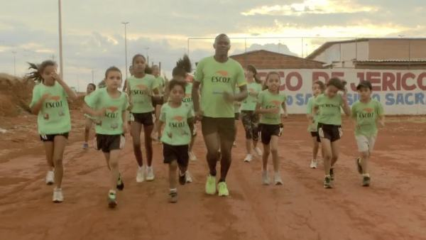 finding_strongBrazil-Kids-Running-Club