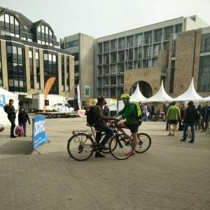 La Place de l'Université avant les 10 Miles 2015
