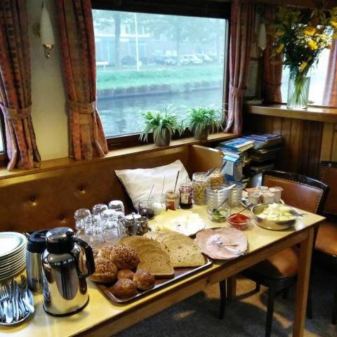 Un bon petit déjeuner avant la course - crédit photo : RunningGeek.be