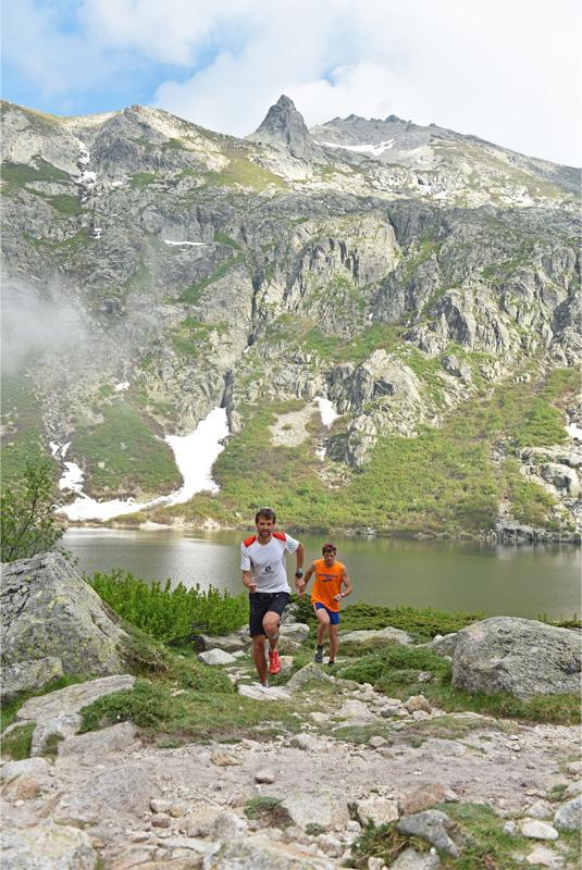 D'Haene et Peretti sur le GR20 - crédit photo : JMK Consult