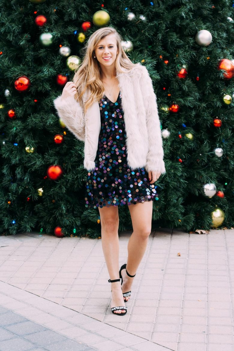 How to Choose the Best Winter Teddy Coats featured by top US fashion and style blogger, Running in Heels