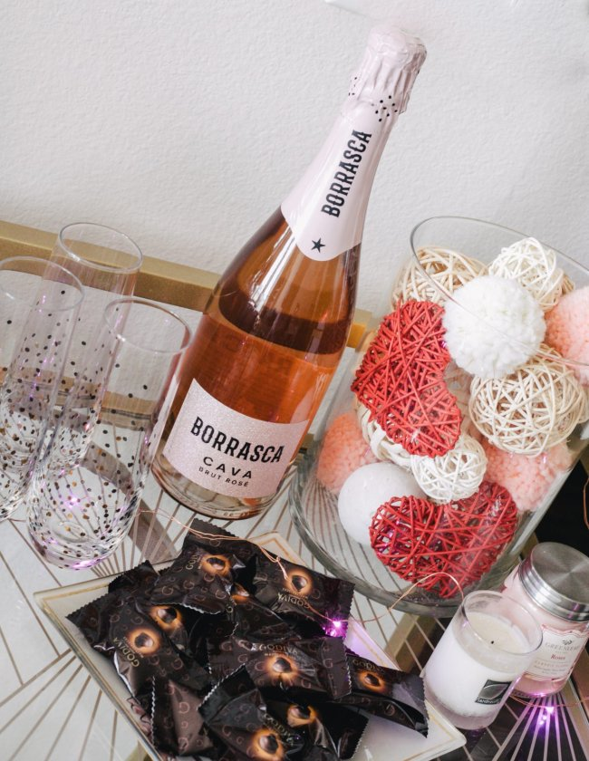Best Valentine's Day decor for your apartment featured by top Dallas lifestyle blogger, Running in Heels