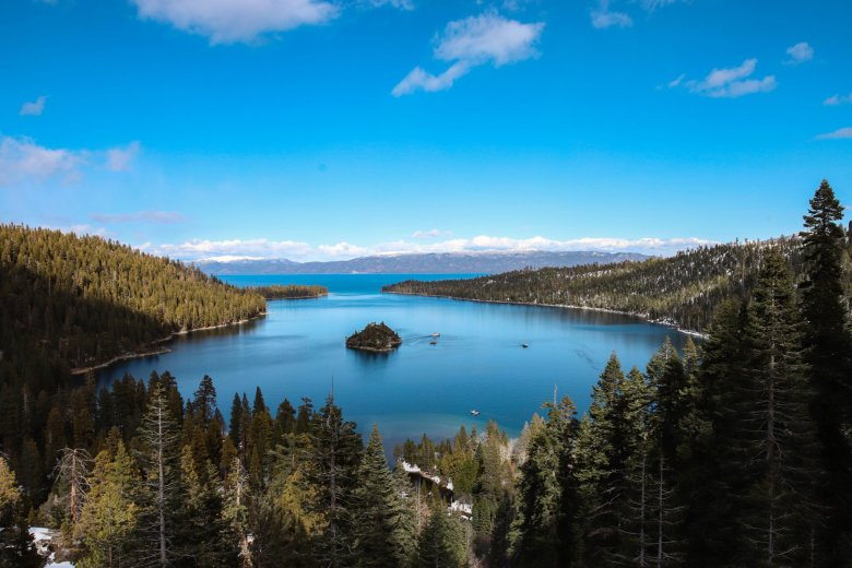 10 Best Things to Do in South Lake Tahoe in the Spring featured by top US travel blogger, Running in Heels