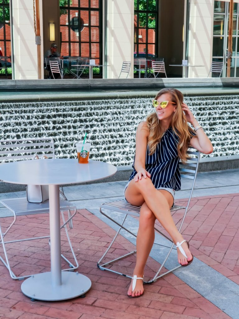 Easy weekend getaways from Dallas featured by top Dallas blog Running in Heels: Fort Worth TX | Shopping in Sundance Square | Running in Heels