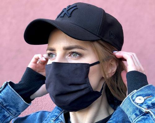 Face Mask with filter pocket.