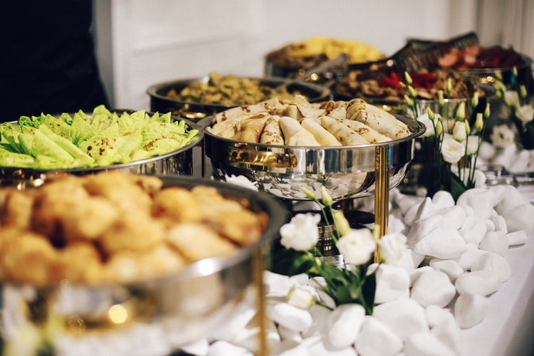 runningmen catering buffet for meeting and seminar activities