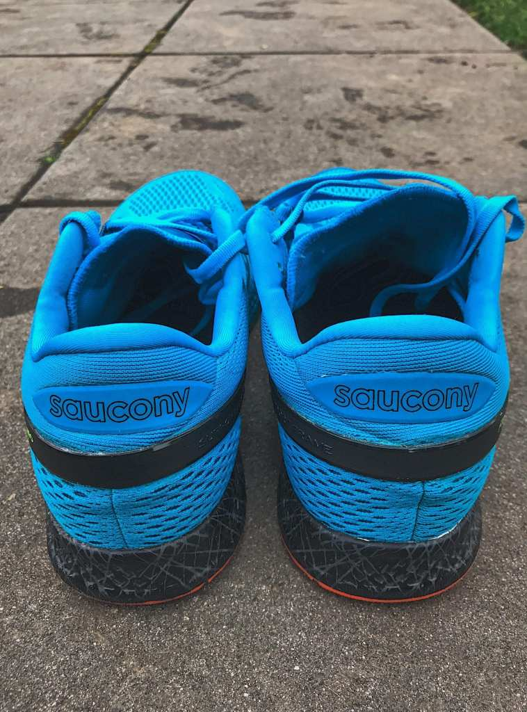 Heel/rear view on the Saucony Freedom ISO