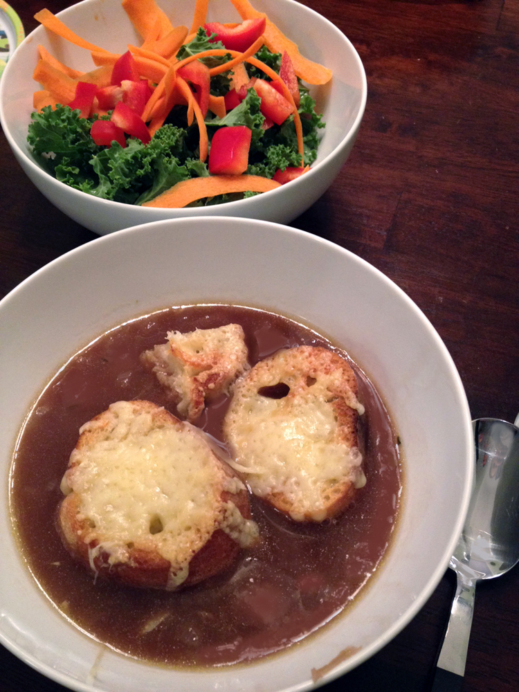 Homemade French Onion Soup | Meatless Monday | Running on Happy