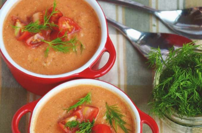 Spicy Creamy Vegan Tomato Soup