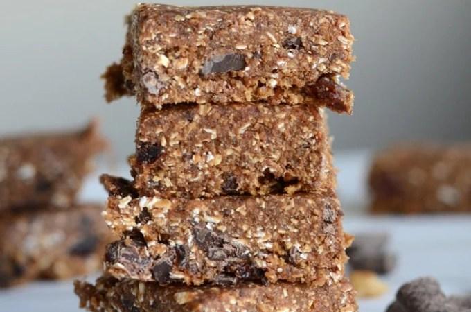 Healthy No-Bake Oatmeal Raisin Bars