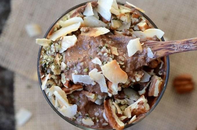 Low-Sugar Chocolate Avocado Smoothie Bowl