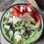 Hemp Matcha Chip Smoothie Bowl   low in sugar, fruit-free, vegan