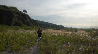 Finding our way to the trails leading to Sta. Rosa