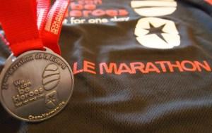 T-shirt et medaille marathon caen