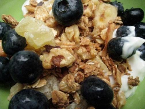 Super crunchy granola - yum!