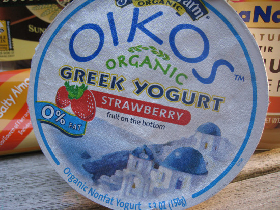 8.20 OIkos-strawberry