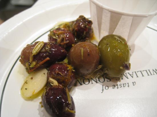 9.23 WS olives