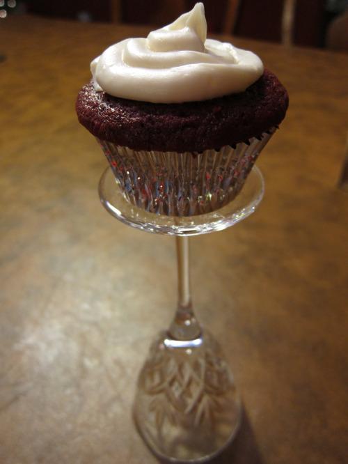 Red Velvet cupcake 2